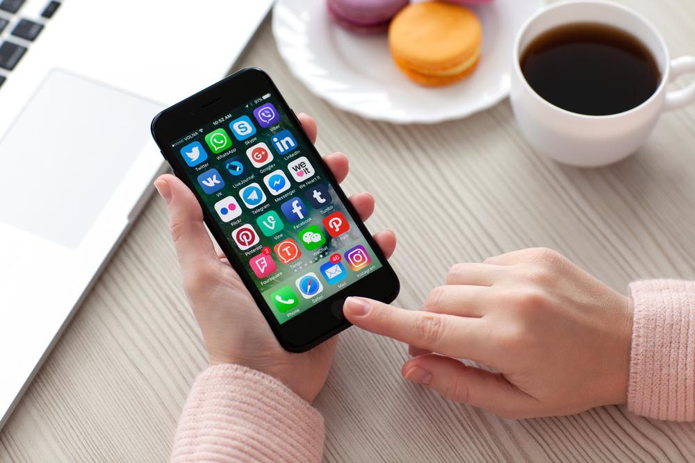 internet-smartphone